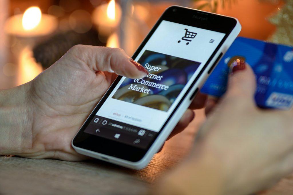 Tendencias ecommerce 2021 para Pymes compras online. Agencia de  marketing digital y diseño gráfico en Lleida
